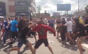 Видео: Фенове на Спартак Москва нападнаха Динамовци в Тула