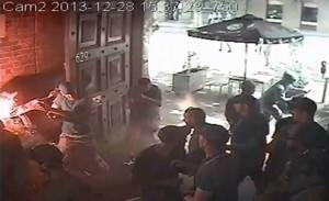 Видео: CCTV 30 фена на Мелбърн vs 150 от Уестърн Сидни